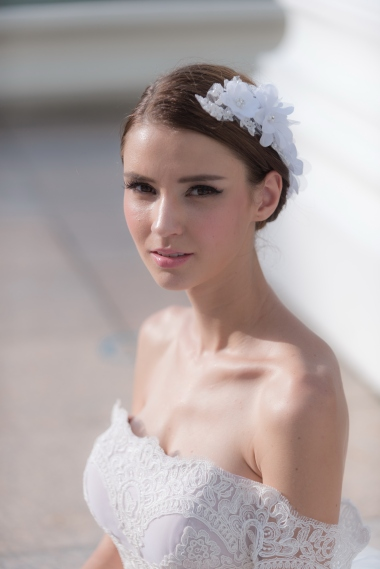 Swan Lake Inspired Makeup: Farfalla Perlata Dress: Anseina Brides Picture: Dean Creation